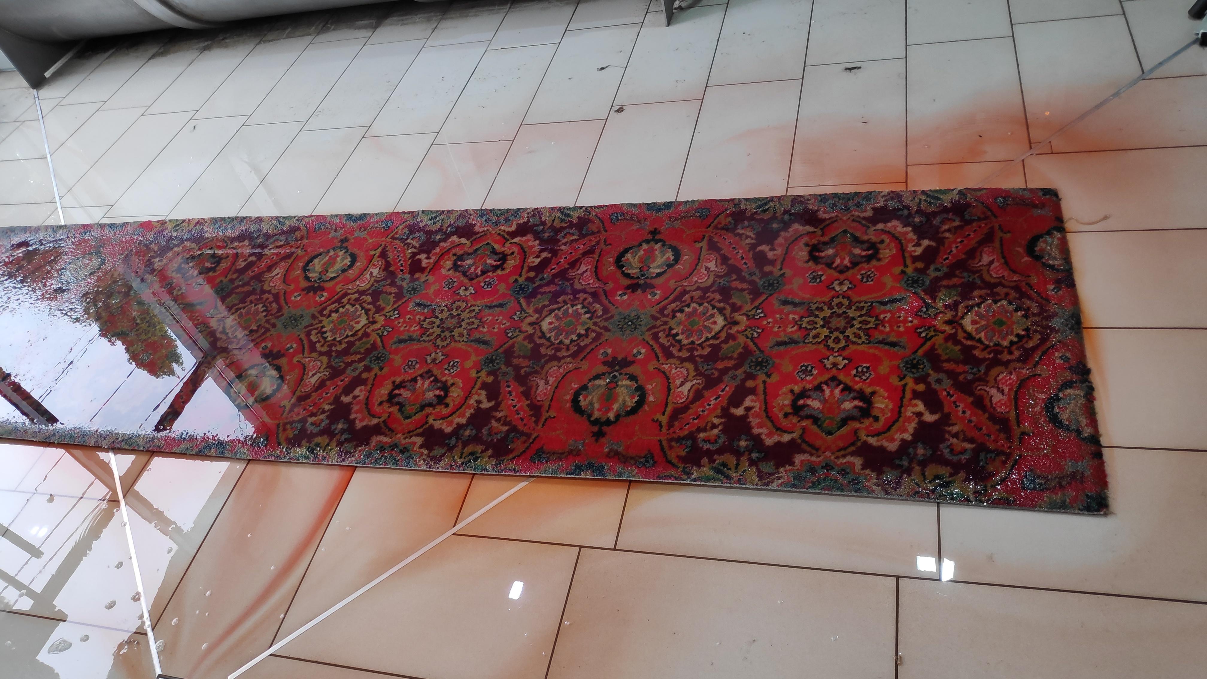 Особенности стирки и чистки тканых ковров